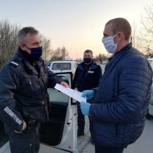 Коронавирус в България: 10 съвета как да не хванем диктатура