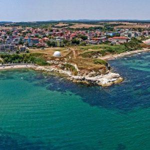 Пловдив продаде атрактивен парцел до морето в Лозенец на цената на апартамент