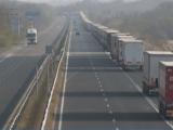 Превозвачи планират блокиране на пътища от 13 януари