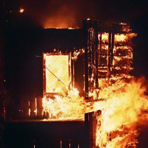 Трима души са загинали при пожари в област Габрово само за седмица