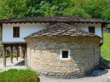 """Църквата в """"Етър""""-а е копие на храм от 19 век от дряновското село Радовци"""