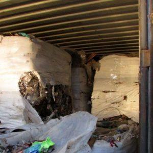 Част от контейнерите с отпадъци на пристанище Варна-запад са изпратени към Италия