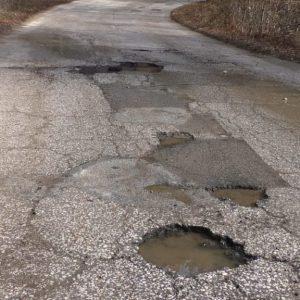 Четири години АПИ лъже за ремонт на пътя Смолян – Рудозем