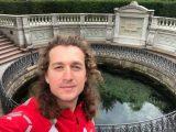 """Явор Данаилов, който пропътува на велосипед от Лондон до Севлиево за каузата """"Заедно в час"""""""