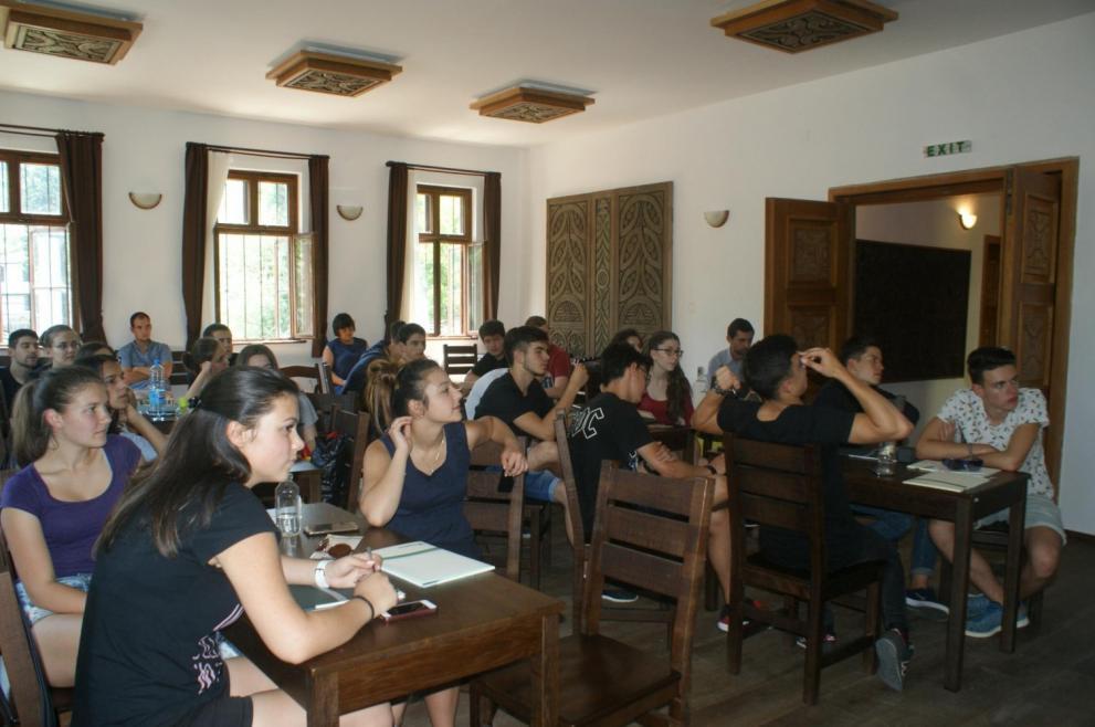 """Летен лагер по предприемаческо и креативно мислене за ученици, """"Предприемачът като откривател"""""""