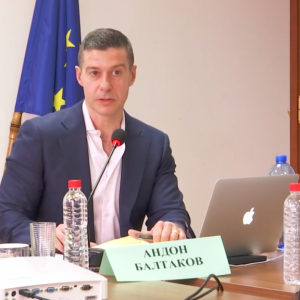 Директорът на БНР пита Бойко Борисов защо реже парите за националното радио