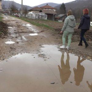 """Китното родопско село Смилян – притегателен център за туристи, """"плаче"""" за основен ремонт"""