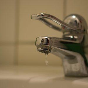 Селата Карали и Драгомани да не ползват чешмяната вода за пиене 24 часа